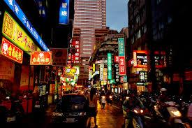 台湾の夜の街で不倫