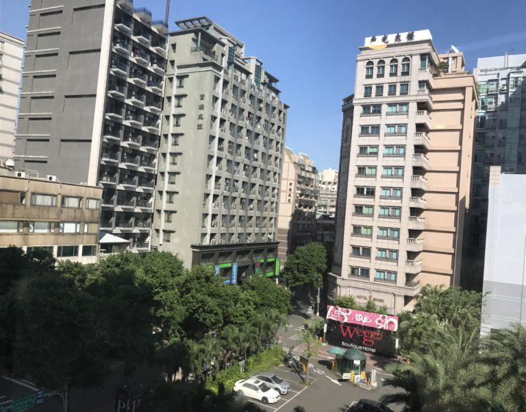 台湾現地で市場調査